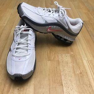 Nike Reax Women's Tennis Shoes